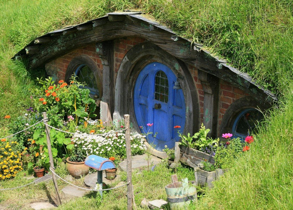 Hobbit hole, Hobbiton film set, New Zealand
