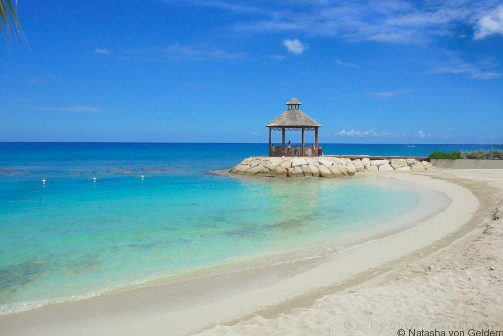 Montego Bay, Jamaica Photo by Deena Gainor via Trover