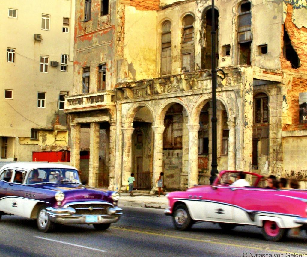 Havana cuba - classic cars on the Malecon