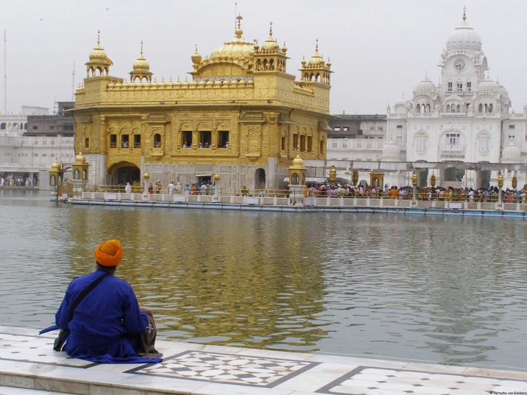 golden temple amritsar Golden temple amritsar 1,221 likes 141 talking about this a historical religious place.