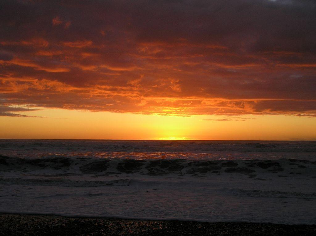 Sunset on the beach at Greymouth, New Zealand.tif