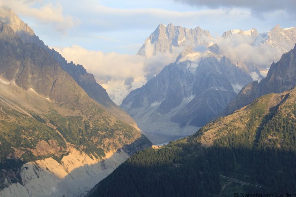 Mer de Glaces glacier, Tour du Mt Blanc
