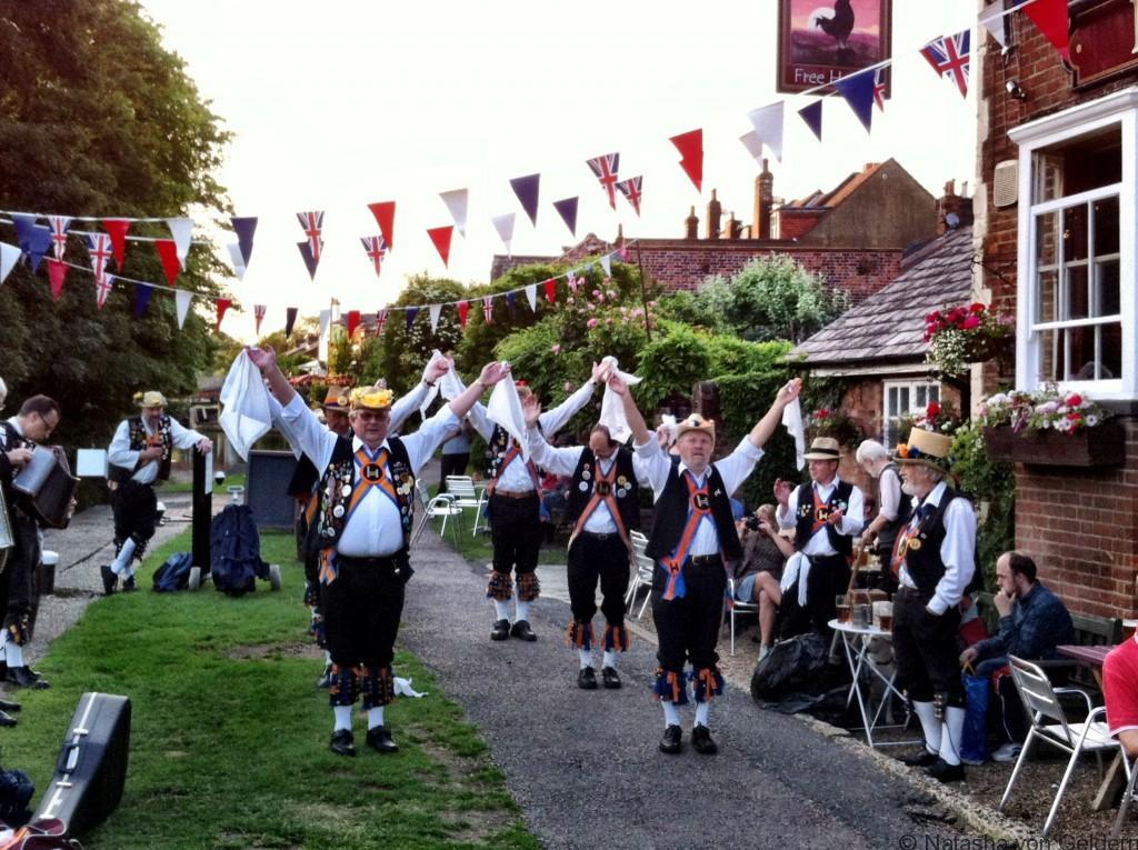 morris-dancing-england