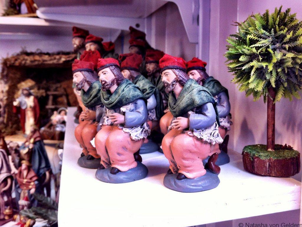 barcelona-poo-christmas-markets