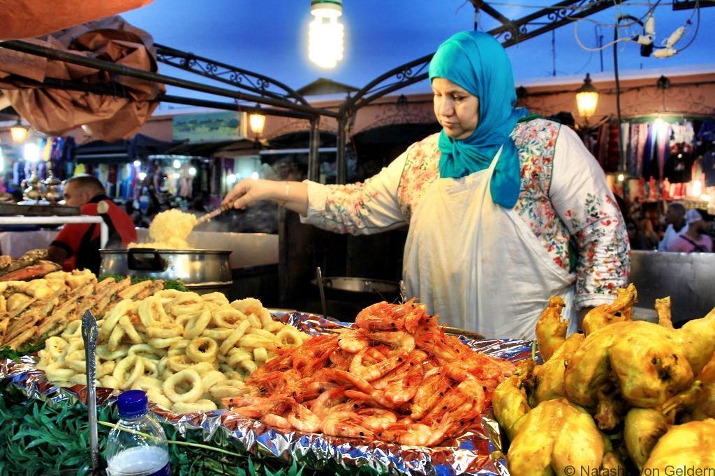 eating-djemaa-el-fna-marrakech-morocco
