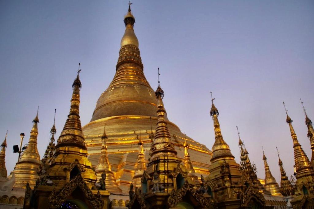 Shwedagon Pagoda Yangon Myanmar evening