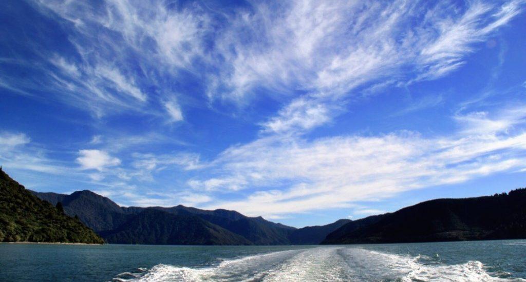 Cruising the Marlborough Sounds New Zealand web